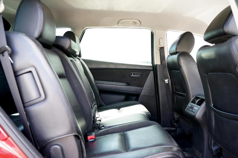 Mazda CX-9 2013 price $14,900