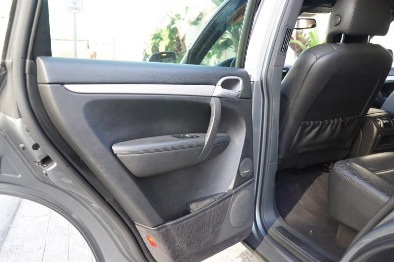 Porsche Cayenne 2008 price $12,900