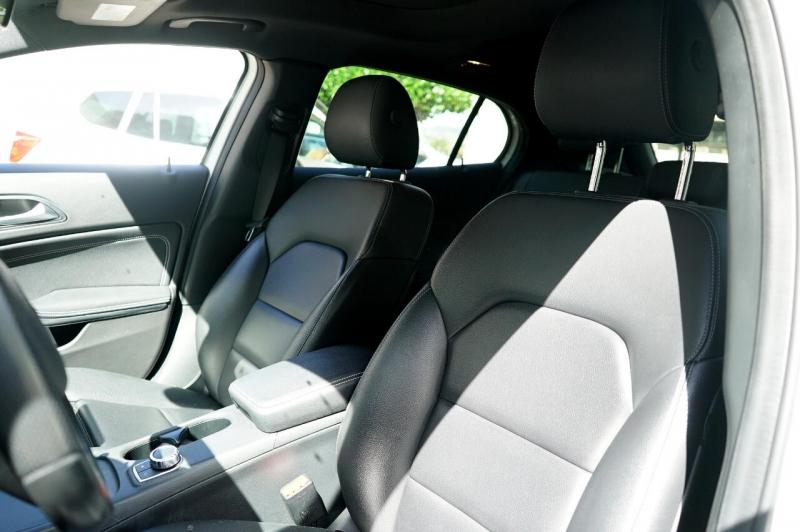 Mercedes-Benz GLA 2016 price $27,900