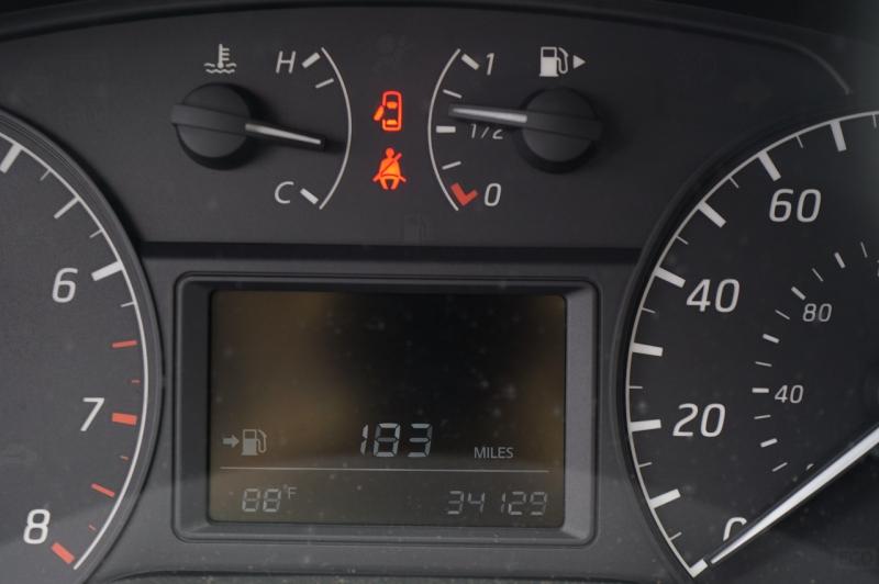 Nissan Sentra 2016 price $15,900