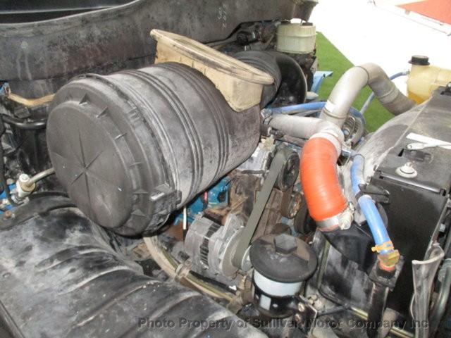 International 4200 2003 price $15,377