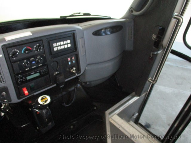 COLONIAL SENATOR BUS 2007 price $15,377
