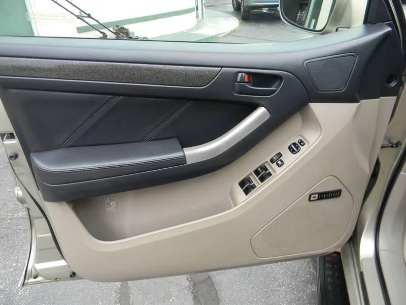 Toyota 4Runner 2005 price $10,324