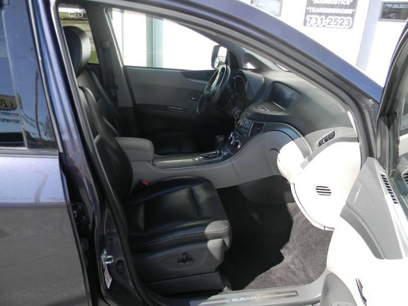 Subaru Tribeca 2013 price $16,765