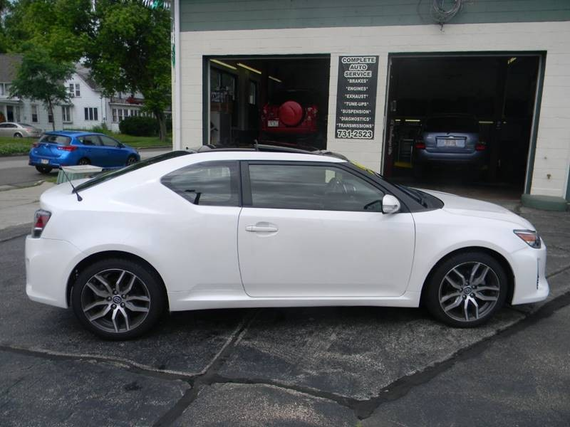 Scion tC 2016 price $13,497