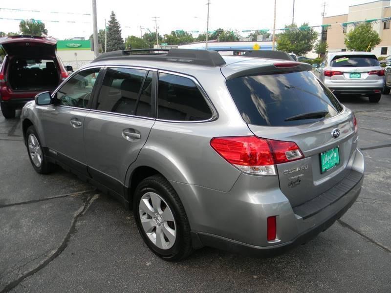 Subaru Outback 2010 price $10,982