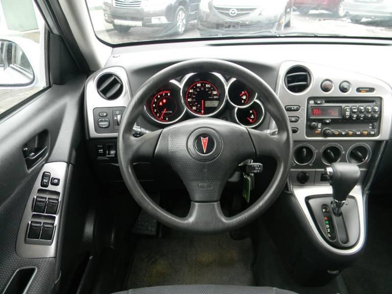 Pontiac Vibe 2006 price $5,968