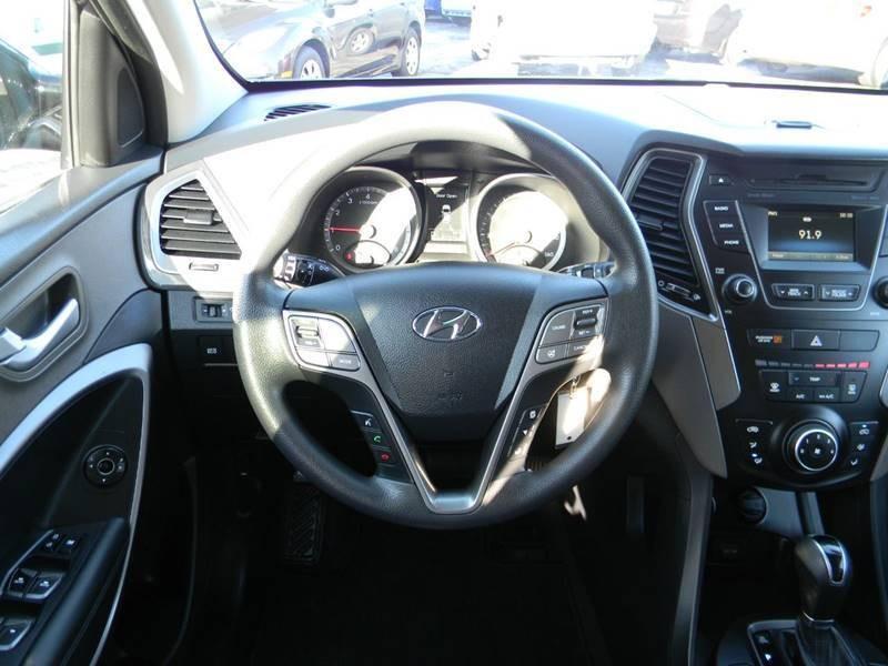 Hyundai Santa Fe Sport 2016 price $16,958