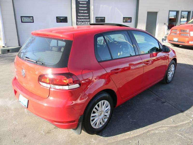 Volkswagen Golf 2010 price $7,499