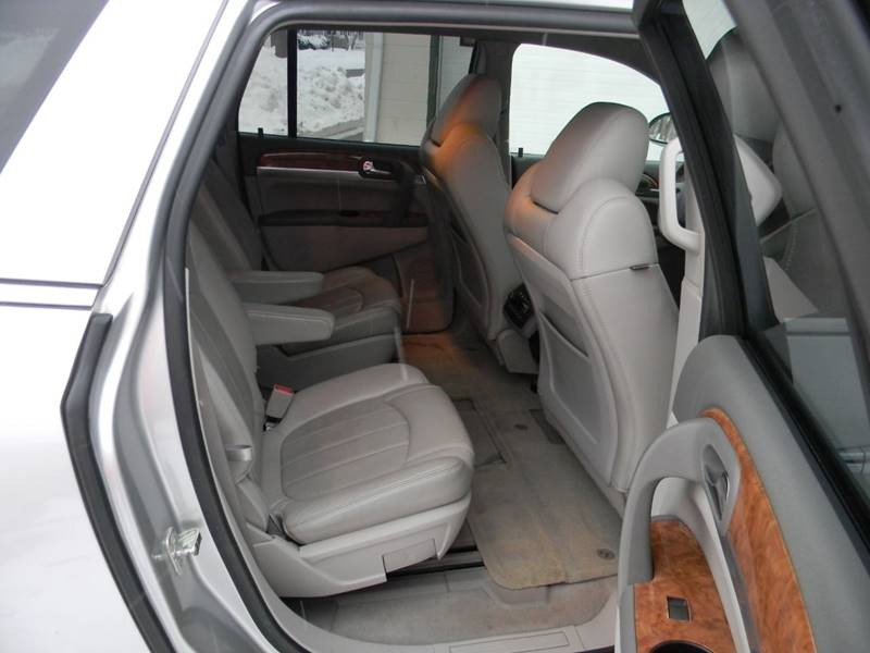 Buick Enclave 2010 price $12,979
