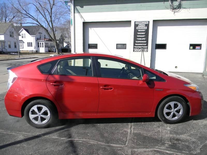 Toyota Prius 2013 price $7,963