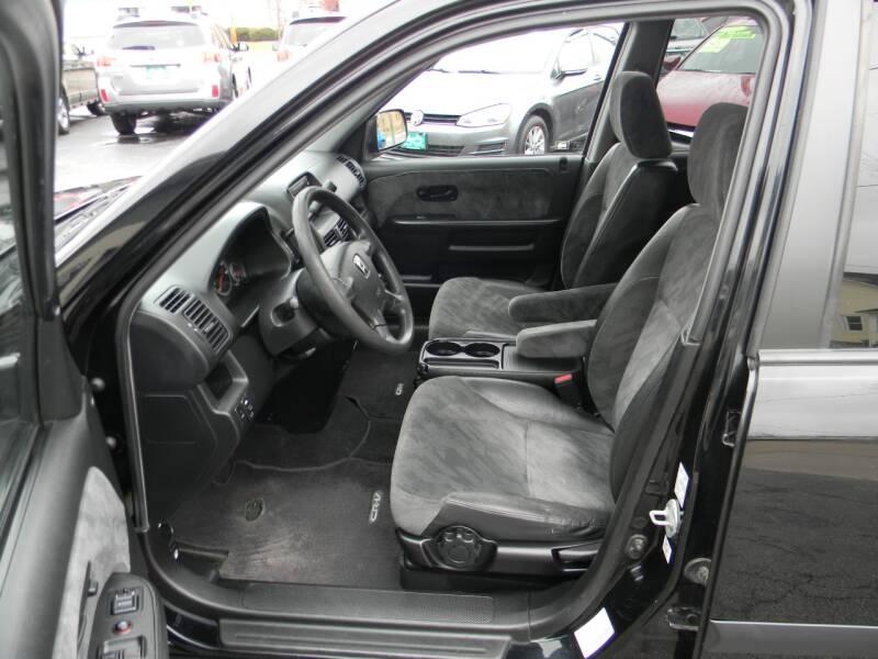 Honda CR-V 2004 price $7,989