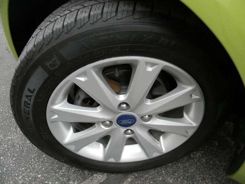 Ford Fiesta 2013 price $7,969