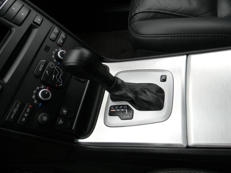 Volvo XC90 2014 price $13,950