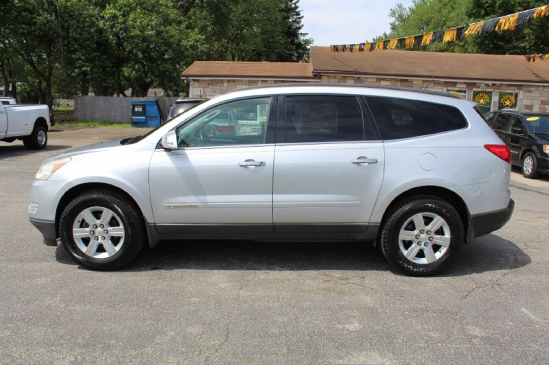 CHEVROLET TRAVERSE 2009 price $7,999