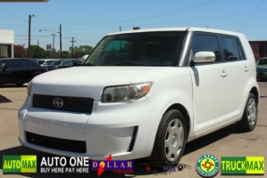 Scion xB 2009