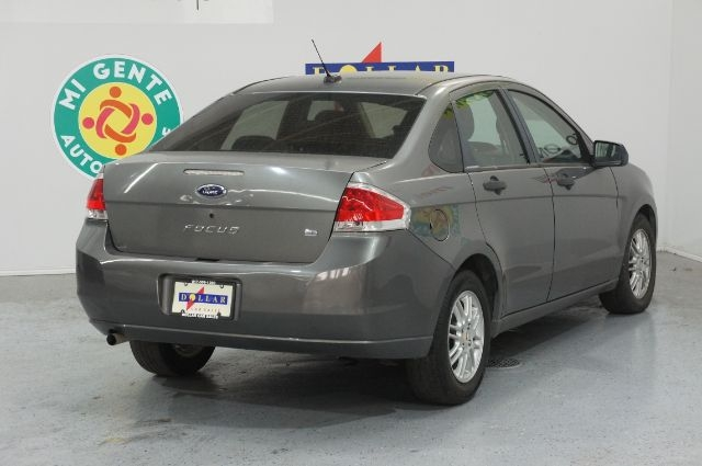 Ford Focus 2009 price Call for Pricing.