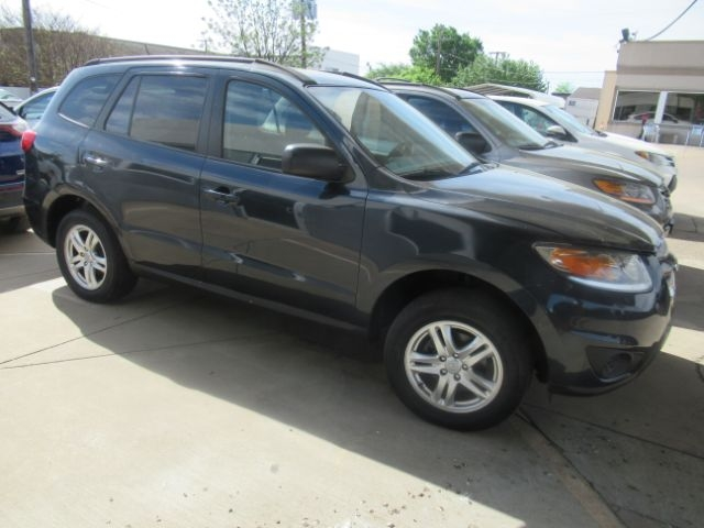 Hyundai Santa Fe 2012 price Call for Pricing.