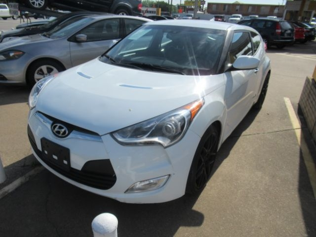 Hyundai Veloster 2014 price Call for Pricing.