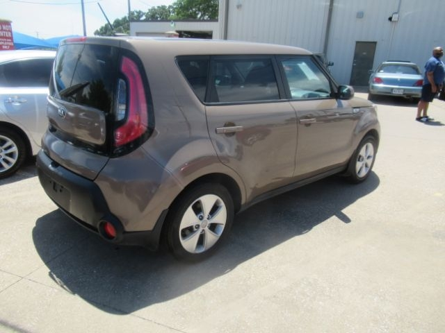 Kia Soul 2015 price Call for Pricing.