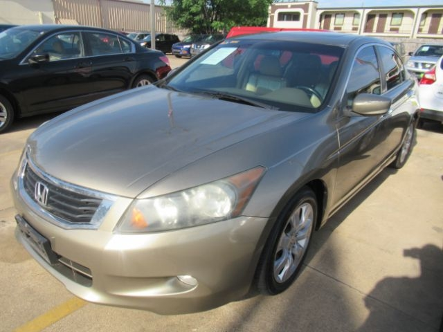 Honda Accord 2009 price Call for Pricing.