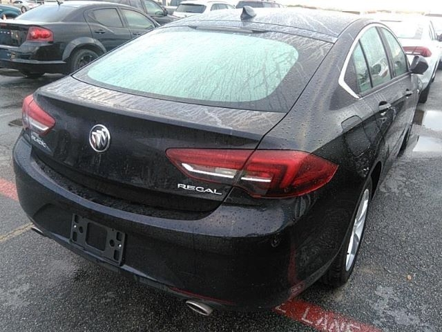 Buick Regal 2018 price Call for Pricing.