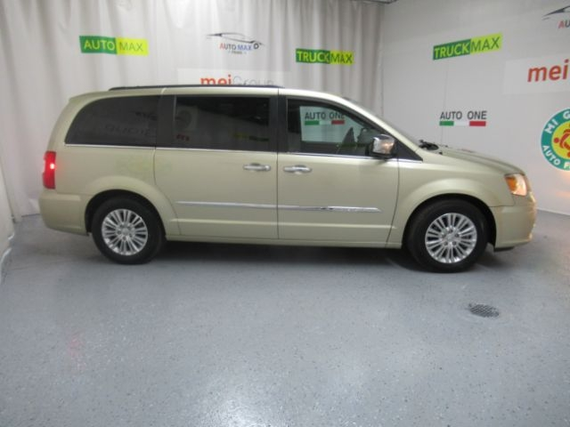 Chrysler Town & Country 2012 price Call for Pricing.