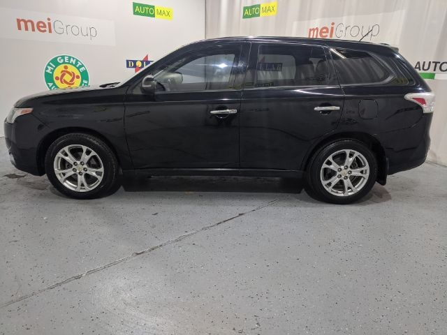 Mitsubishi Outlander 2014 price Call for Pricing.