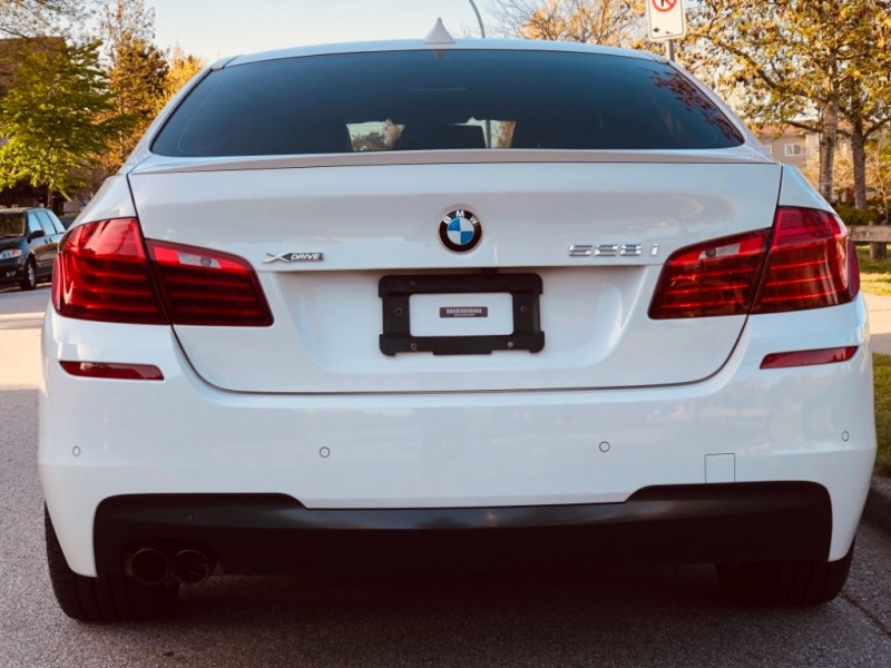 BMW 5-Series 2016 price $35,888