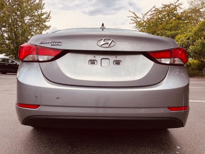 Hyundai Elantra 2015 price $11,888
