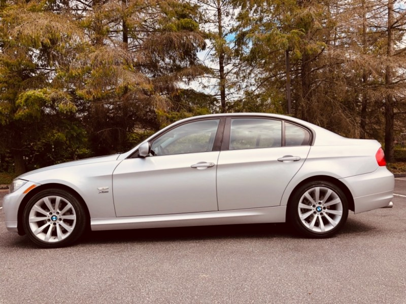 BMW 3-Series 2011 price $10,888