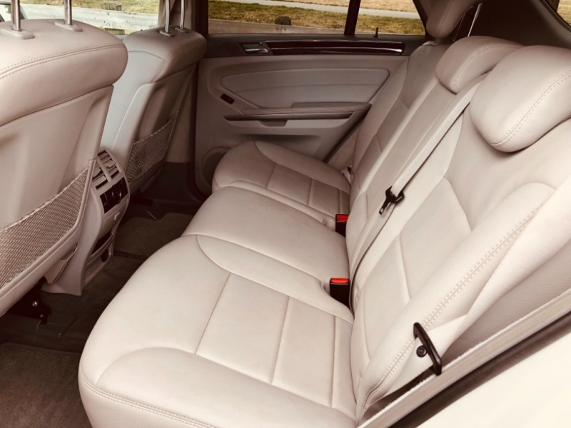 Mercedes-Benz M-Class 2010 price $15,888