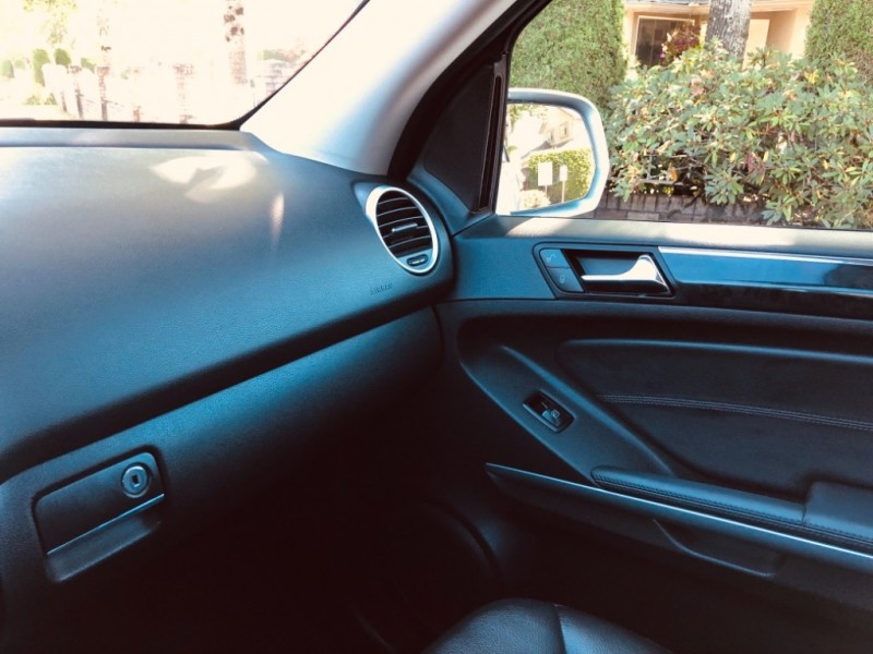Mercedes-Benz M-Class 2010 price $11,888