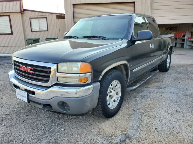 GMC NEW SIERRA 2005 price $9,995