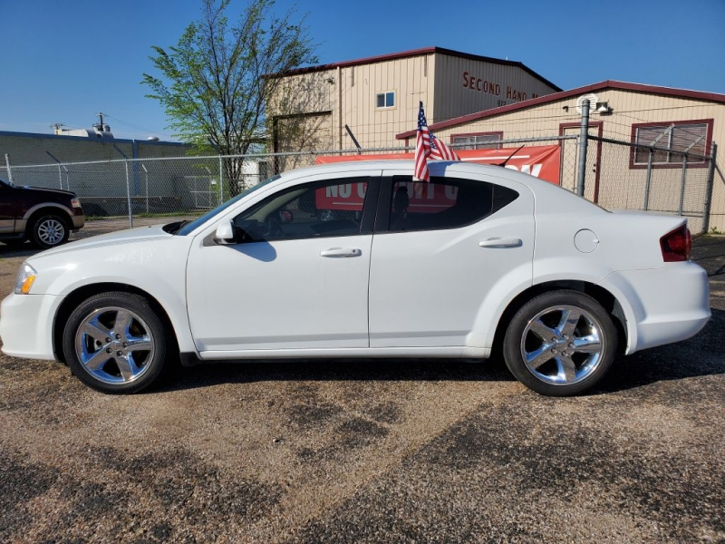 DODGE AVENGER 2013 price $13,995