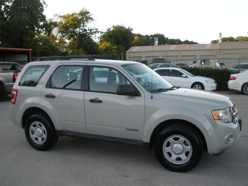 Ford Escape 2008 price $6,000