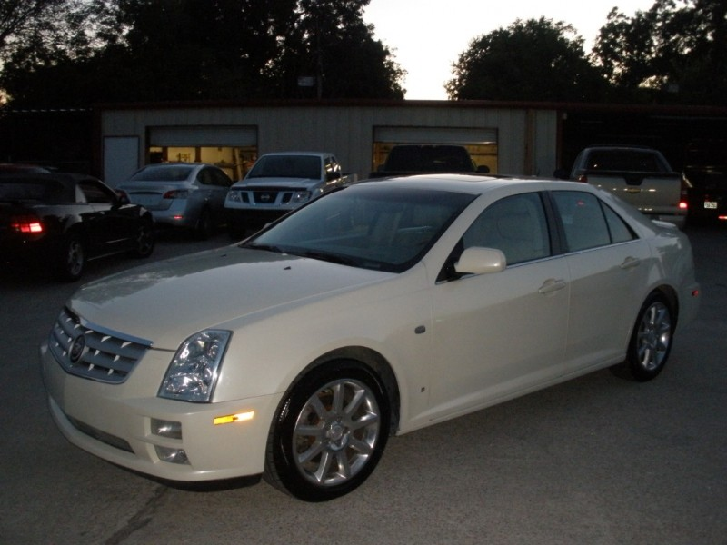 Cadillac STS 2006 price $6,000