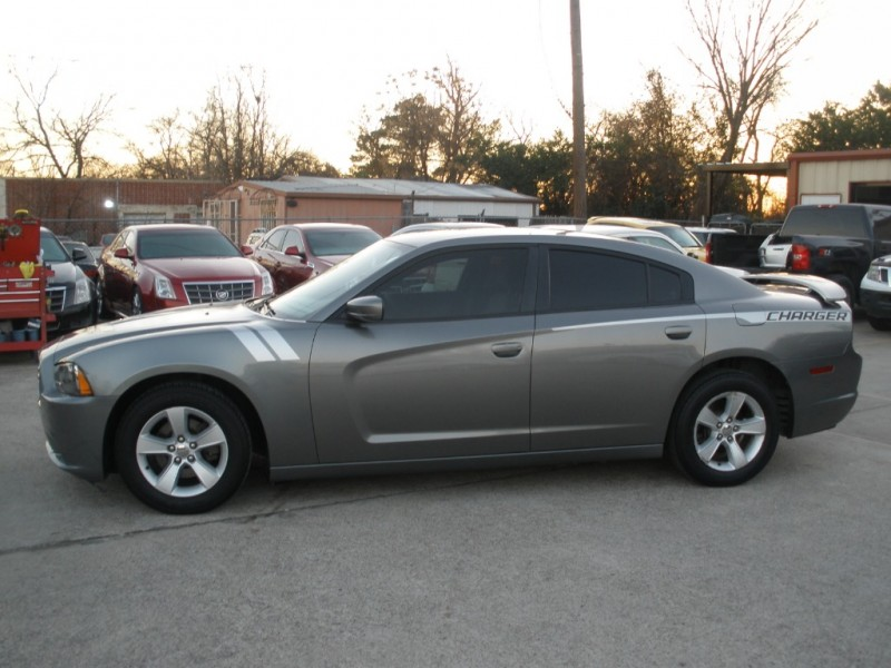 Dodge Charger 2011 price $9,499