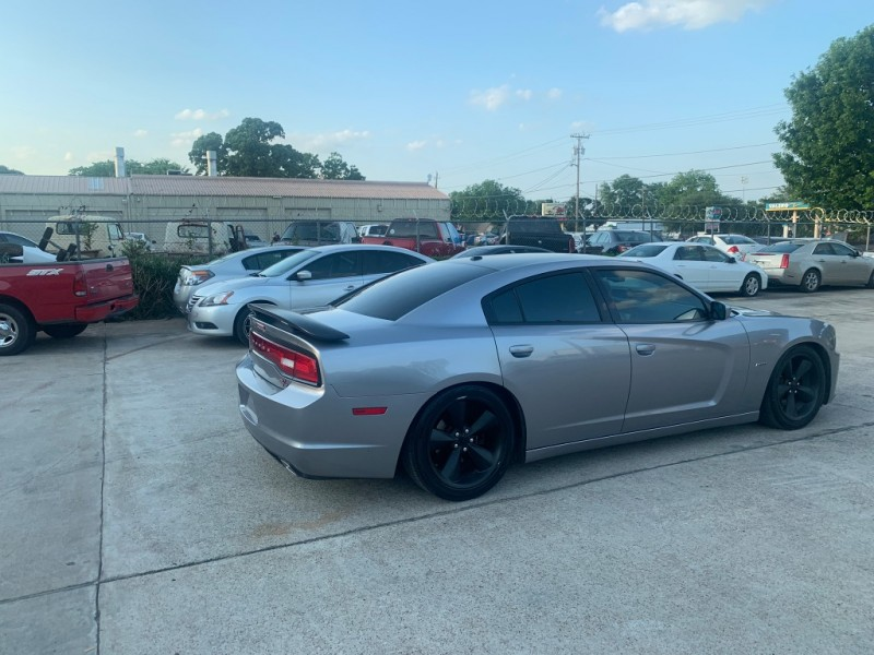 Dodge Charger 2013 price $17,500
