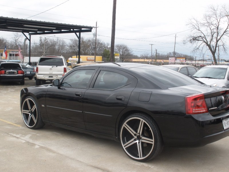 Dodge Charger 2006 price $9,500