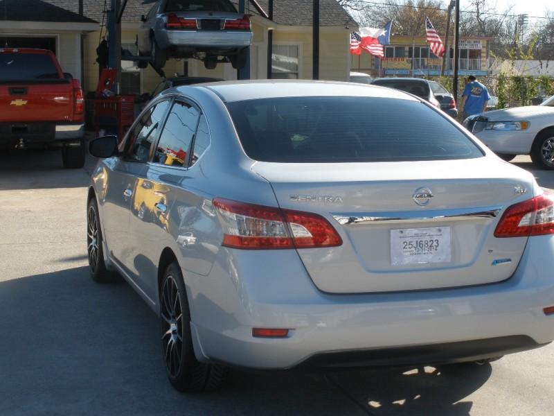 Nissan Sentra 2013 price $9,500