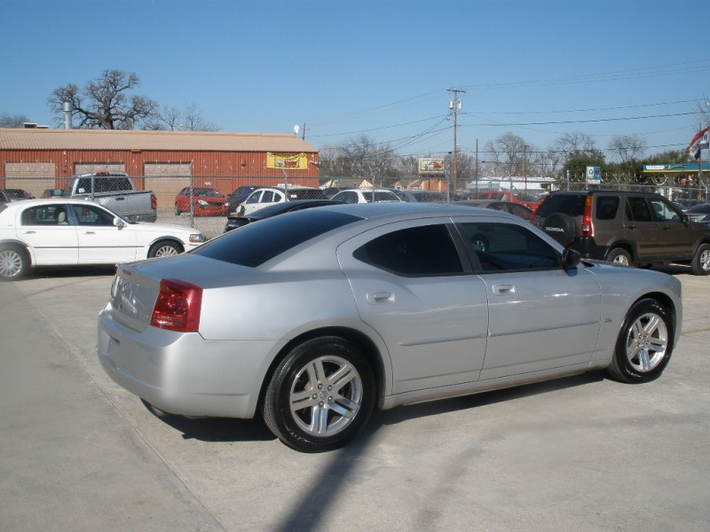 Dodge Charger 2006 price $5,500