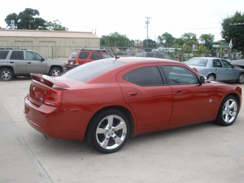 Dodge Charger 2008 price $11,500