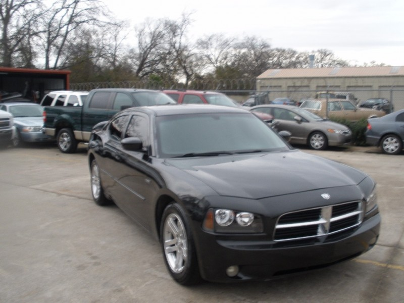 Dodge Charger 2006 price $8,500