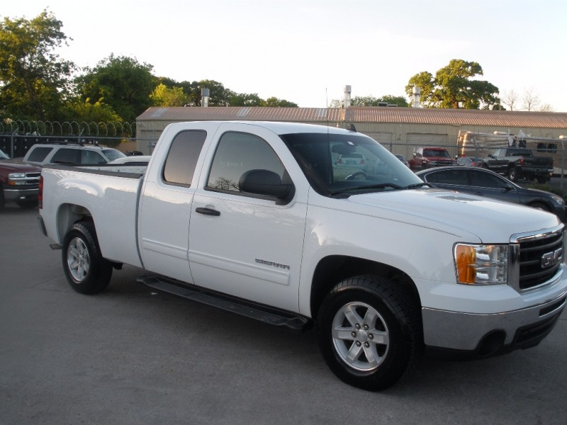 GMC Sierra 1500 2011 price $14,000