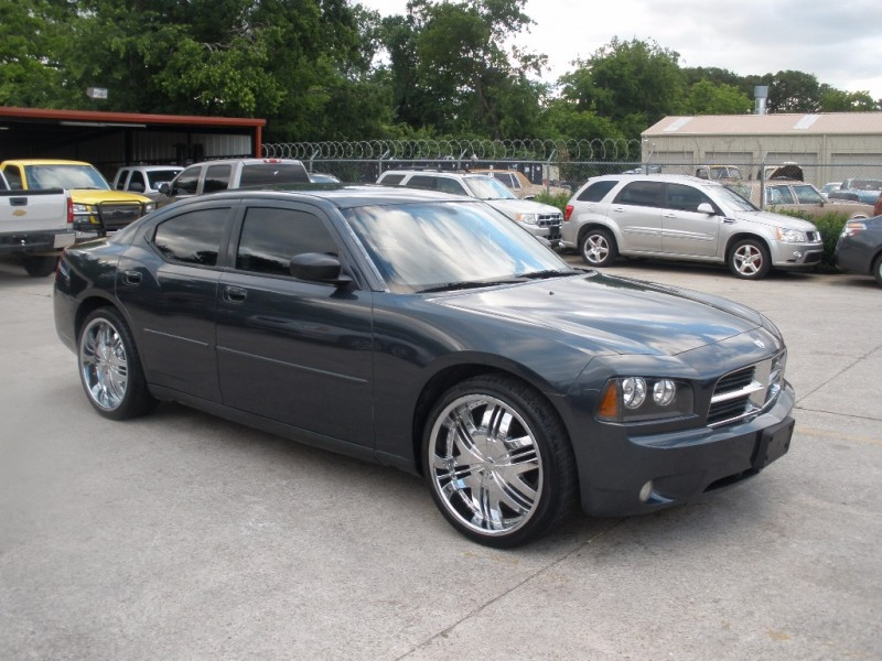 Dodge Charger 2007 price $7,500