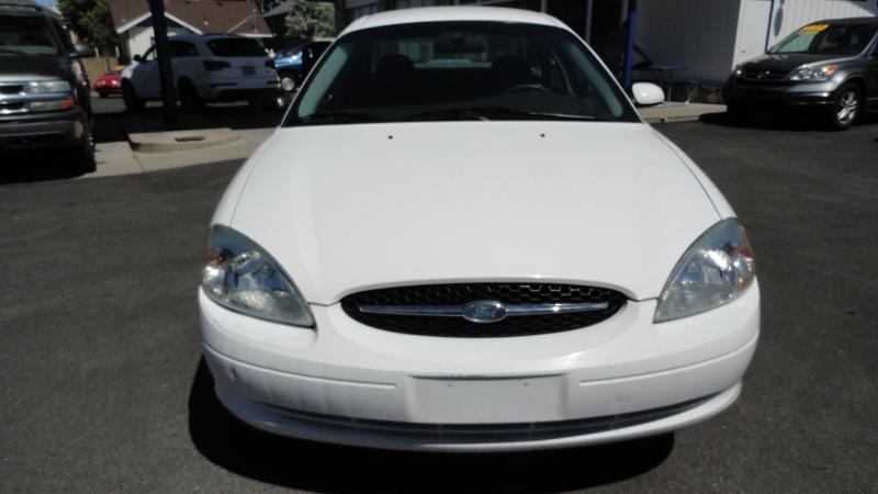 Ford Taurus 2003 price $3,950