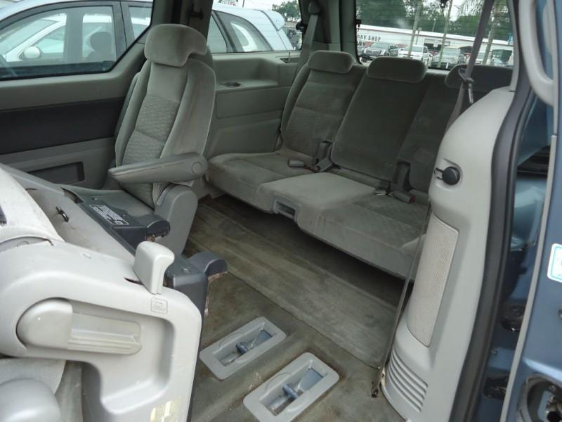 FORD FREESTAR 2004 price $2,500