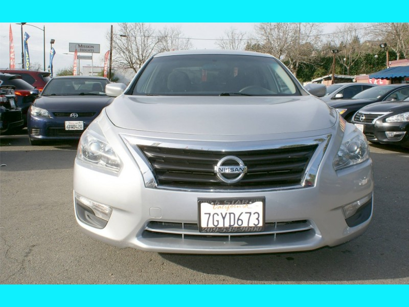 Nissan Altima 2013 price $8,995