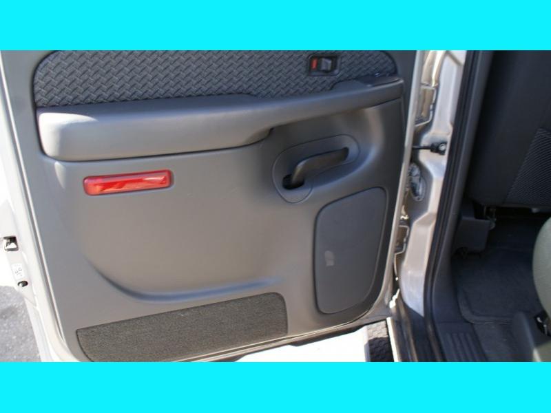 Chevrolet Avalanche 2004 price $7,995